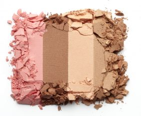 5 Eyeshadow Tips from Makeup Pros
